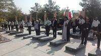 غبارروبی وعطرافشانی در گلستان شهدای دهاقان به مناسبت هفته ناجا